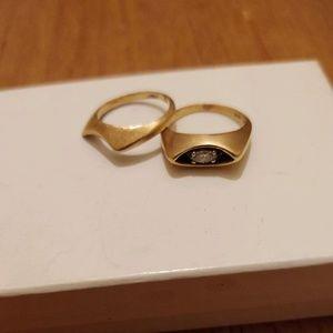 Jewelry - 14 karat gold diamond wedding band set